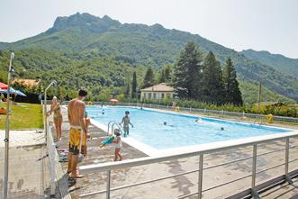 Un cas n gestionar la piscina y el albergue de el campo la cuenca del nal n - Piscinas en el campo ...
