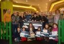 Una Navidad solidaria en el Centro Comercial Valle del Nalón