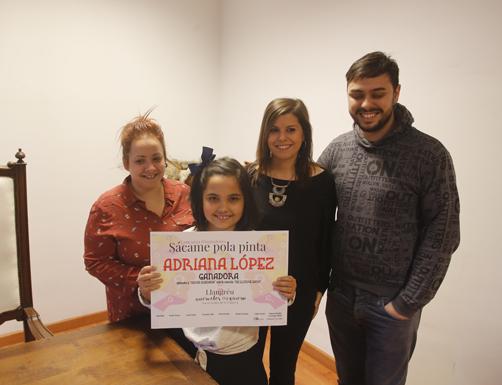 Entrega del primer premio del concurso 'Sacame pola pinta' en la Casa de los Alberti de Ciaño