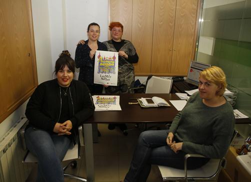Parte de la nueva junta directiva de AULAV. De izquierda a derecha: Carmen Galván, secretaria; Diana Fernández, tesorera; Rocío Estepa, presidenta y Mónica Varela, vocal