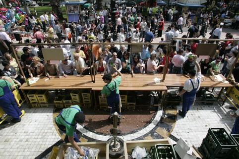 Festival de la Sidra en el parque viejo de La Felguera