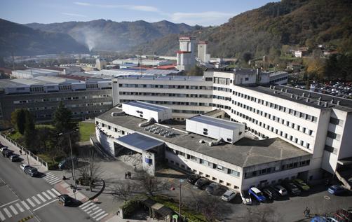 Vista aérea del hospital Valle del Nalón.