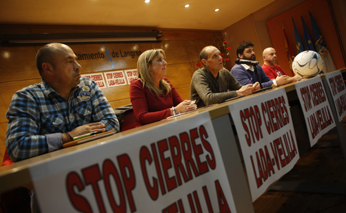 Rueda de prensa contra el cierre de la térmica de Lada en Sama.