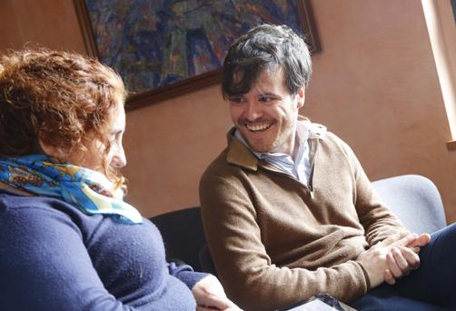 Narseo Vallina en un momento de la entrevista con nuestra redactora Marta Varela.