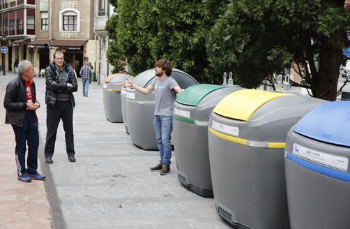 Presentación de los nuevos contenedores de Langreo.