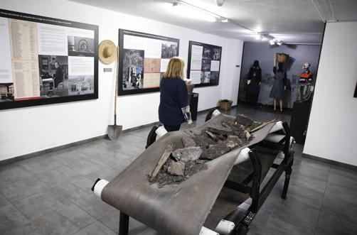 Exposición en el Pozo Sotón sobre la mujer en la minería.