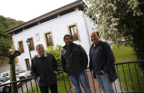 Pablo X. Manzano, Pablo Rodríguez Medina y Eloy Antuña, protagonistas de la entrevista de este mes.