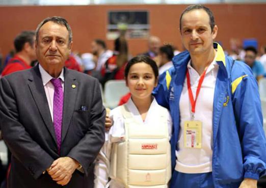 Sara Morán, campeona de España  infantil de kárate.