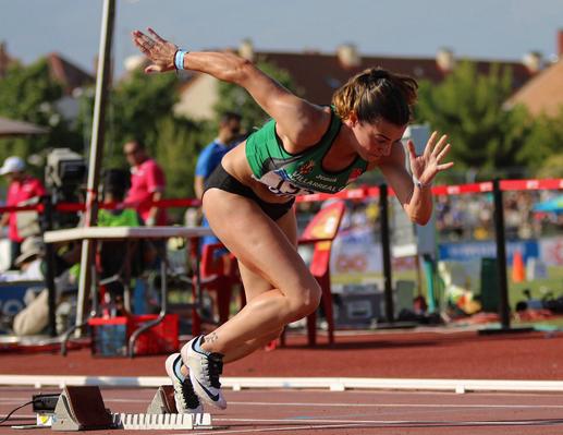 Bárbara Camblor en lasalida de la prueba de los campeonatos de España.