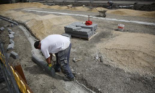 Obras de la pista de pumptrack infantil.