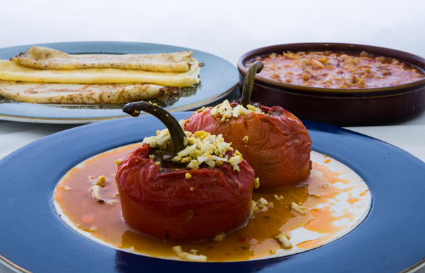 Menú de los Pimientos Rellenos en las jornadas gastronómicas de Blimea.