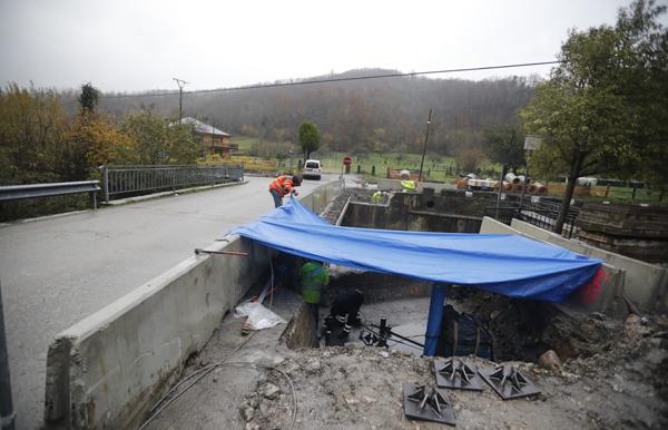 Obras de ampliación del puente de Villamorey.