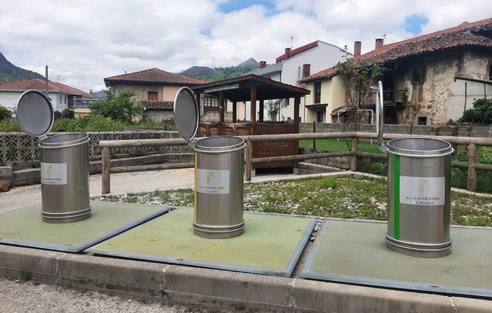Contenedores de reciclaje en Rioseco.
