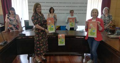 Presentación del programa de intercambio de libros de texto impulsado por el Colectivo Les Filanderes.