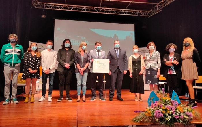 El Descenso Folklórico del Nalón recibe el título de Fiesta de Interés Turístico Nacional